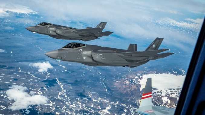 F35 new paint 1 - New and Old F-35 Coatings Compared in Recent Photo of Two Italian Lightning II Jets