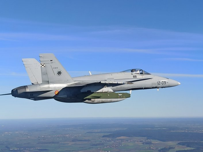 Spanish EF 18 with Taurus 2 - Interesting Photos Of Spanish EF-18 Hornet With Inert Upgraded Taurus 350 Stand-off Air-Launched Cruise Missile