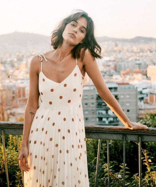 067867104792cc Say 'Oui' to Summer with Sezane