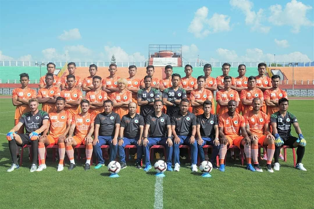 The NEROCA FC squad for the 18/19 season. Photo Courtesy: @NerocaFC/Twitter