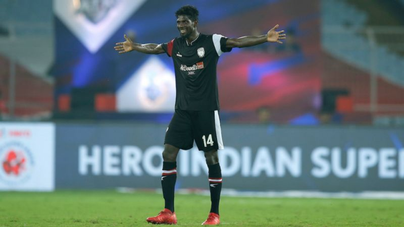 Rowllin Borges signs for Mumbai City FC from Northeast United FC