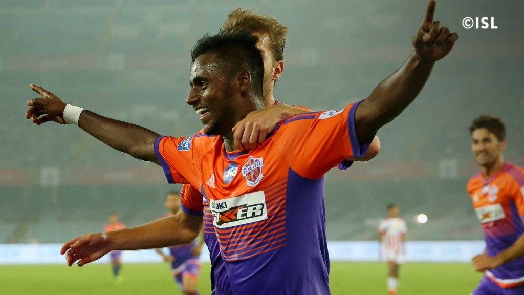 Midfielder Rohit Kumar joins Kerala Blasters from Hyderabad FC