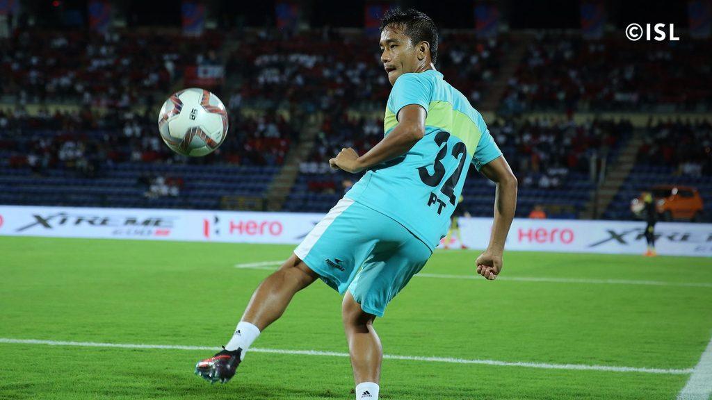Midfielder Lalthathanga Khawlhring [Puitea] moves to Kerala Blasters