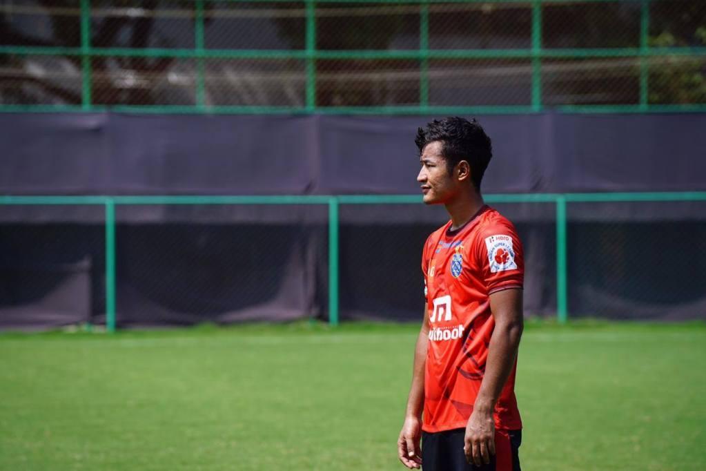 Odisha FC sign fullback Lalruatthara