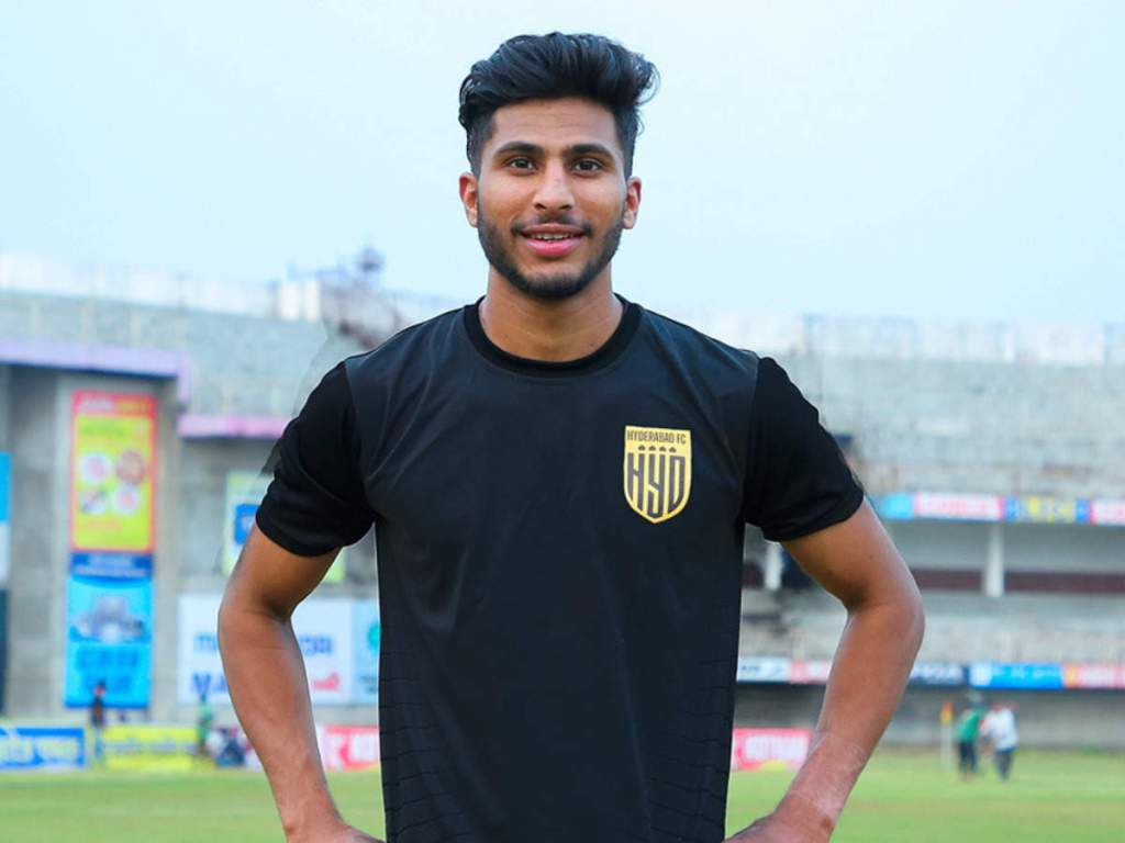 Hyderabad FC sign Aniket Jadhav on a three-year contract