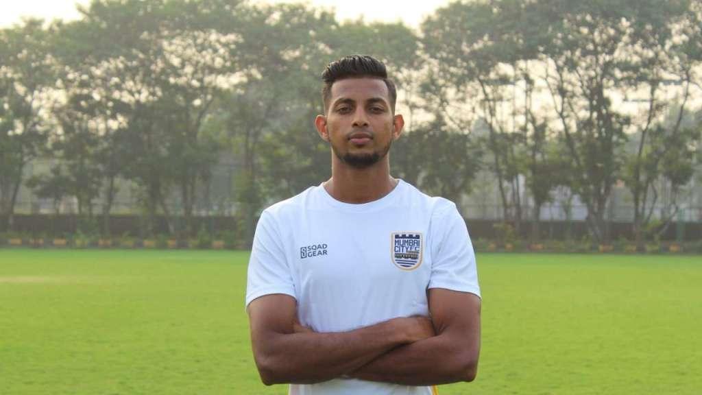 Chennaiyin FC wrap up the signing of defender Davinder Singh