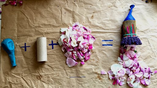 flower-petal-poppers-eco-friendly-childrens-craft