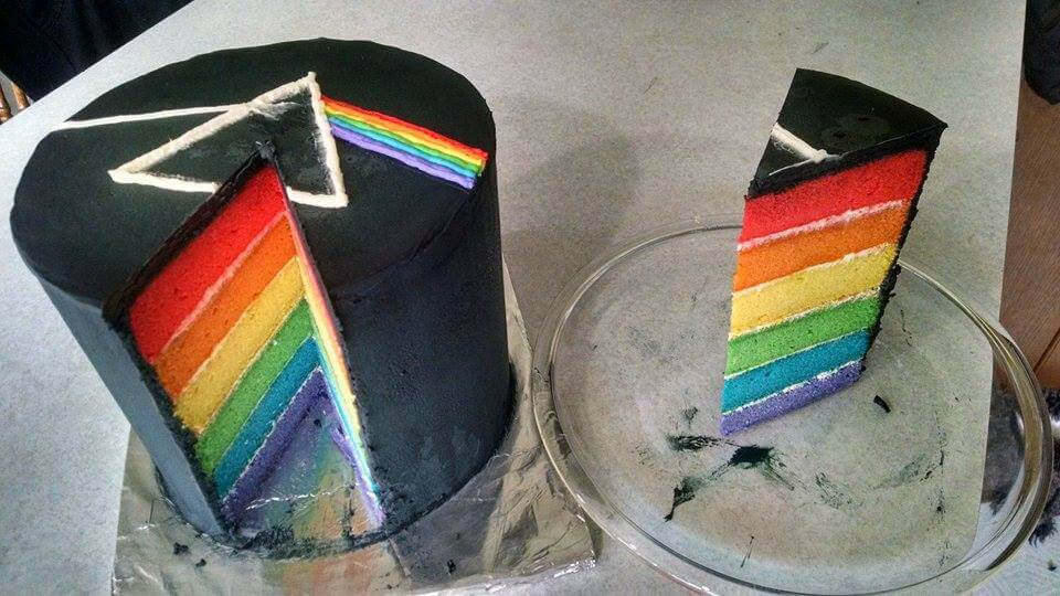 This Dark Side Of The Moon Cake Will Win The Heart Of Any Pink Floyd Fan