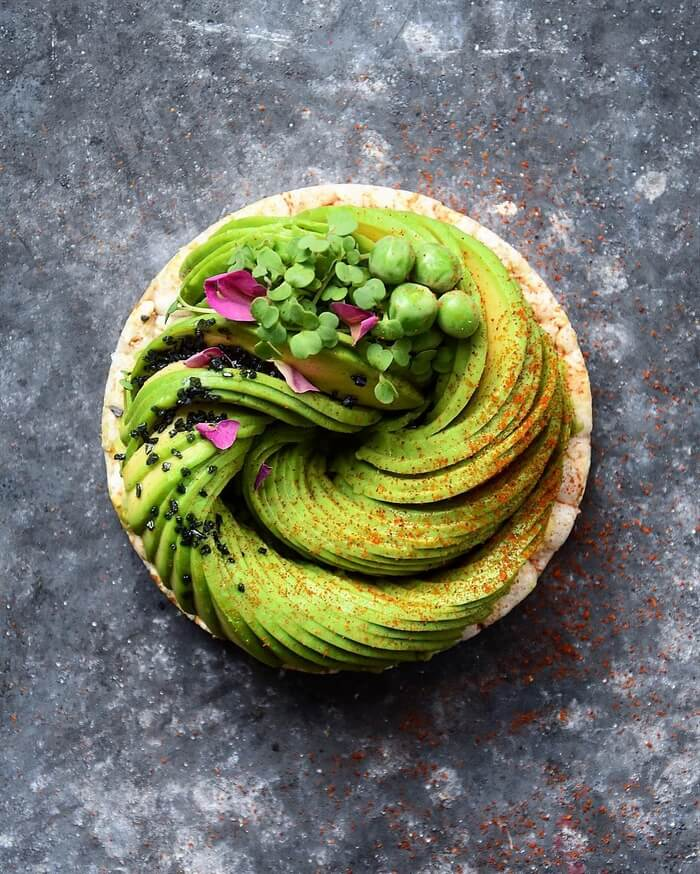 avocado food decoration (1)