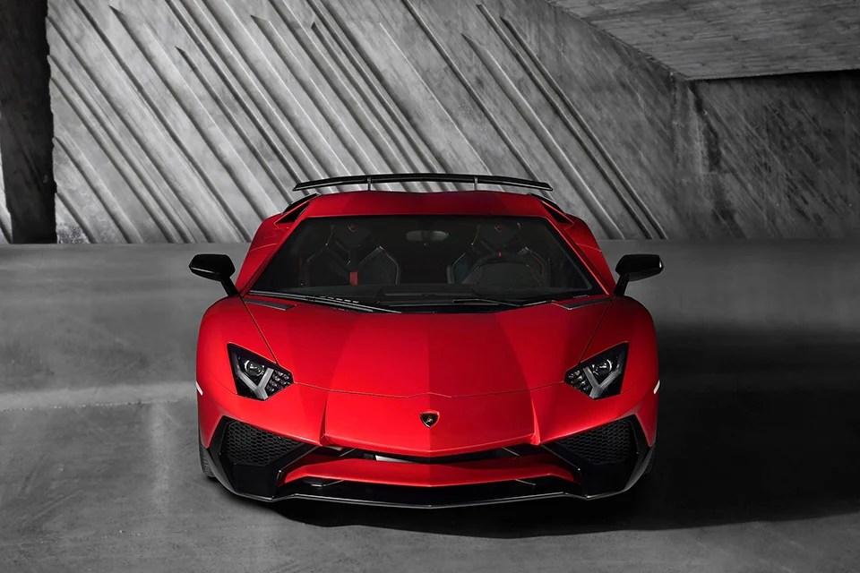 Lamborghini Aventador LP 750 4 SV