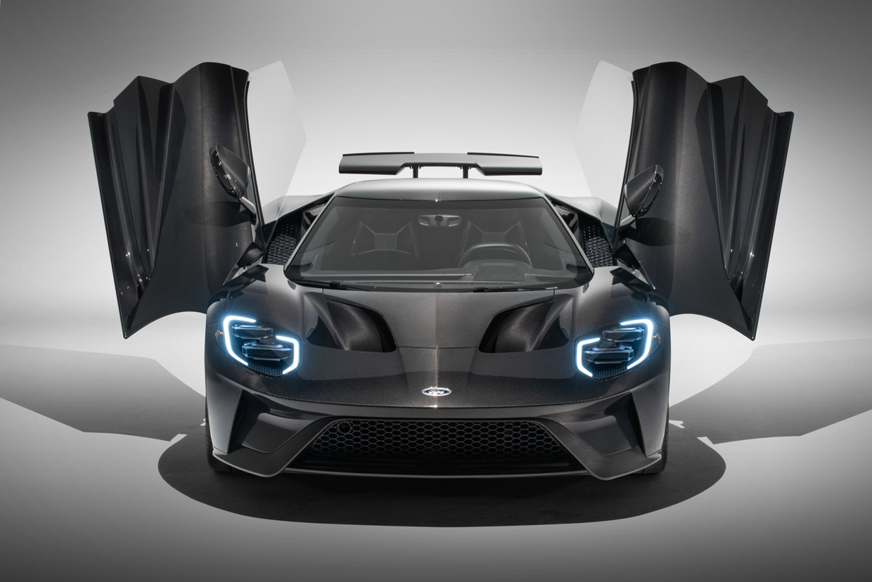 2020 Ford Gt Liquid Carbon Looks Incredible Without Paint