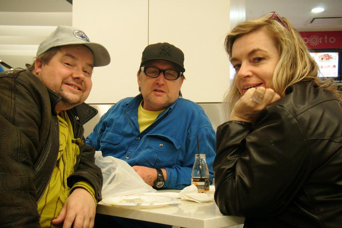 Steve, Stu, Tracie, Sydney Airport