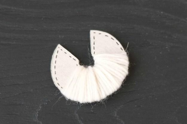 garland-pompom-tutorial
