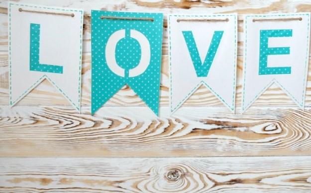 love-garland-paper1