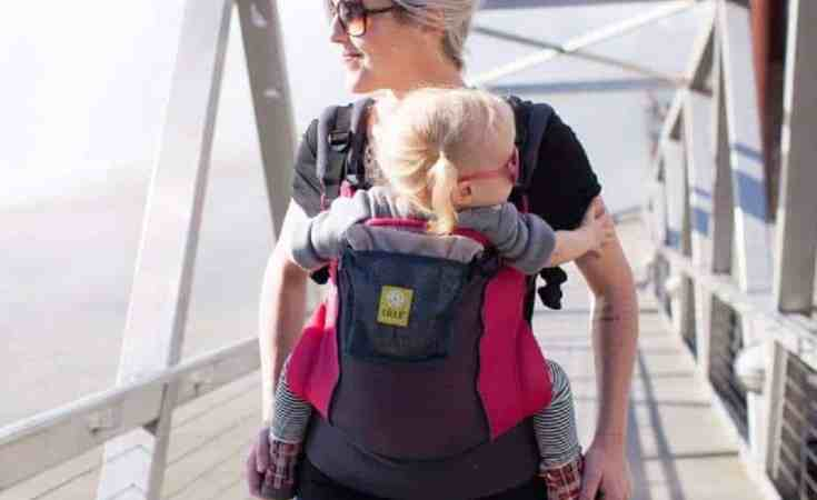 7 Best Baby Carriers for the Summertime