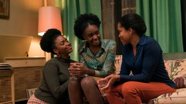 (l to r.) Teyonah Parris as Ernestine, KiKi Layne as Tish, and Regina King as Sharon star in Barry Jenkins' IF BEALE STREET COULD TALK, an Annapurna Pictures release.