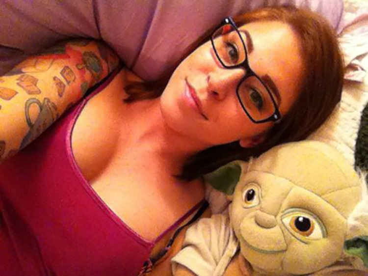 Badchix Everyone loves cute girls with glasses 25