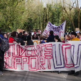 Students march in solidarity with staff, and against fees