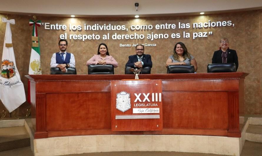 Instalan Mesa Directiva de la 23 Legislatura de Baja California, presidida por el diputado Julio César Vázquez Castillo