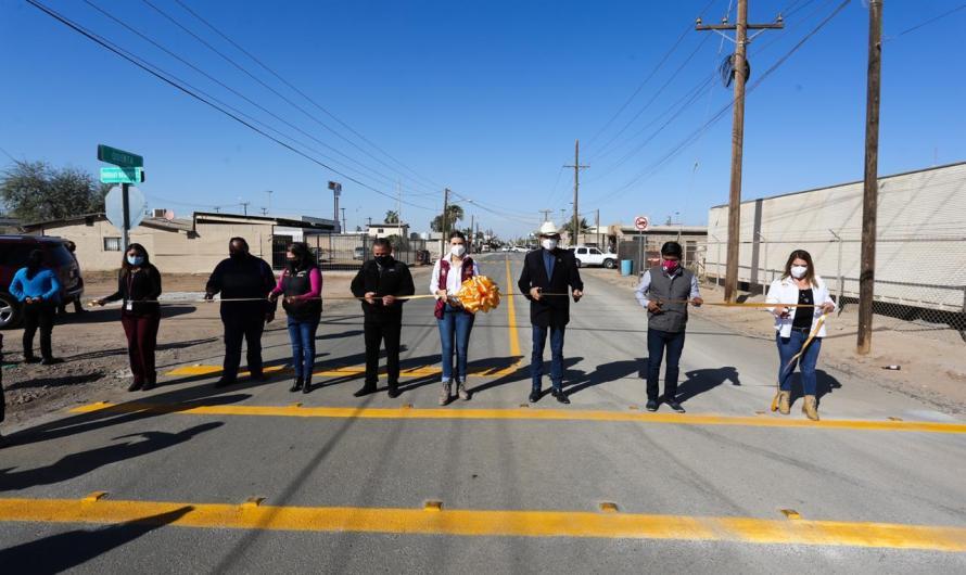 Apoya 23 Ayuntamiento al Valle de Mexicali con infraestructura deportiva y pavimentación