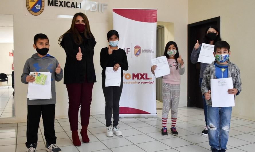 Entrega DIF Mexicali últimos Estímulos Económicos de 2020 para niños y jóvenes