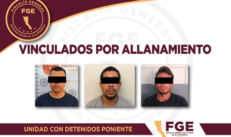 Vinculan a proceso a dos hombres acusados de allanamiento