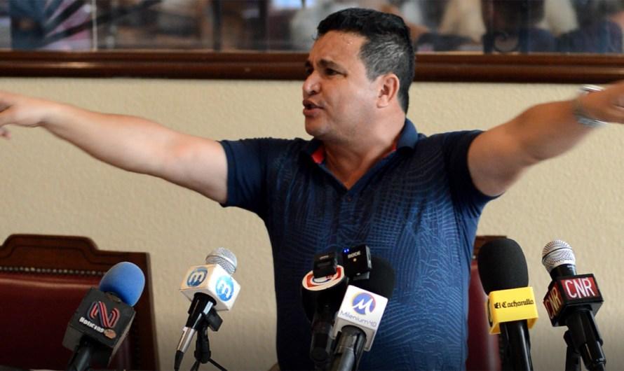 Niega Fidel Villanueva que autos de Anapromex se usen para delitos y aseguró que están asegurados