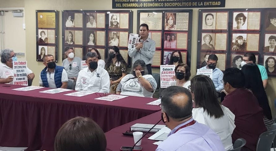 Reciben a trabajadores de COBACH diputada Montserrat Murillo López y diputado Juan Manuel Molina