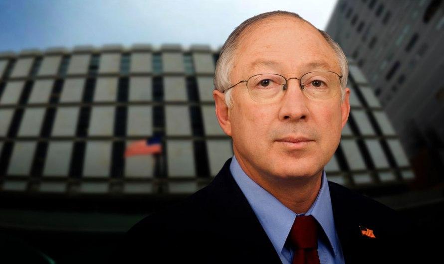 El Embajador de EU Ken Salazar, anunció cambios en restricciones patra cruces fronterizos terrestres
