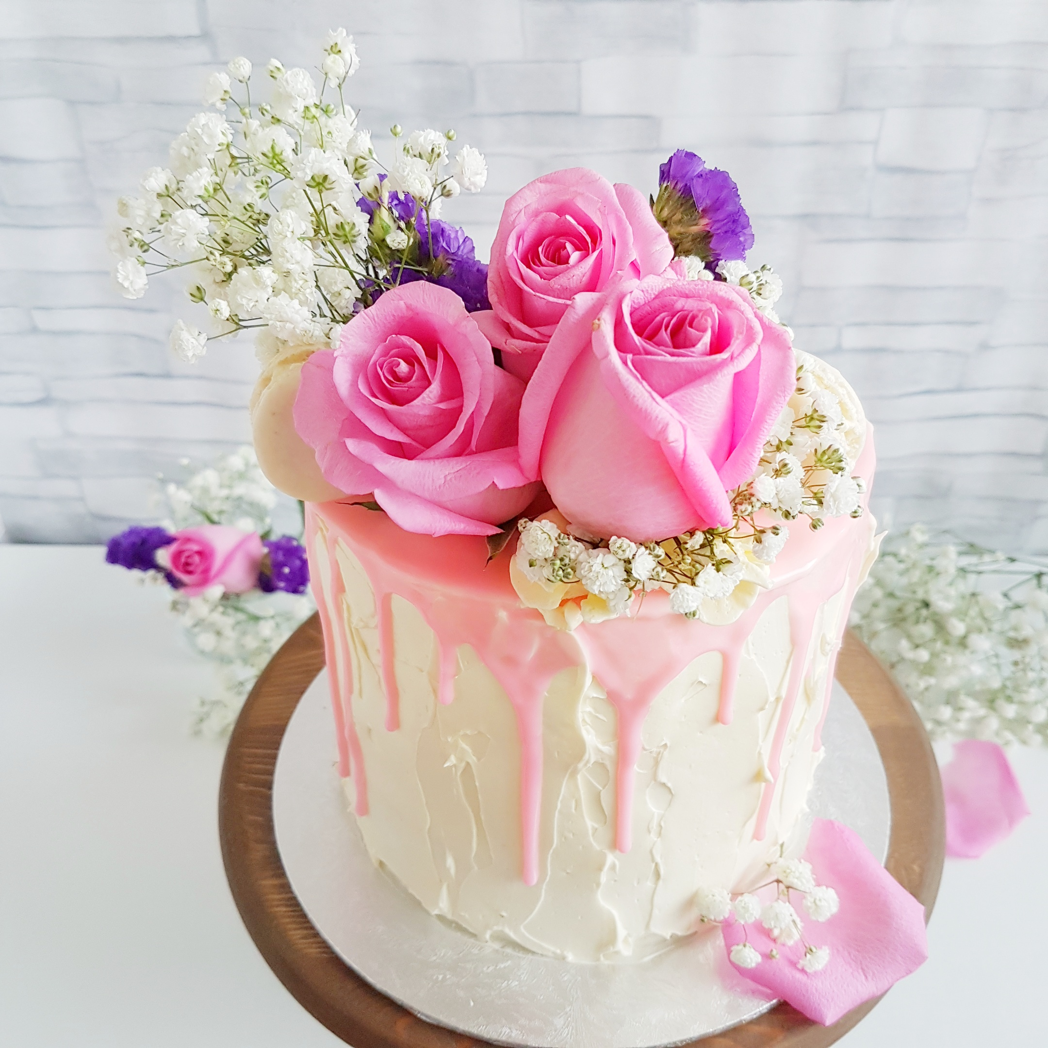 The Baking Experiment Floral Rustic Cake