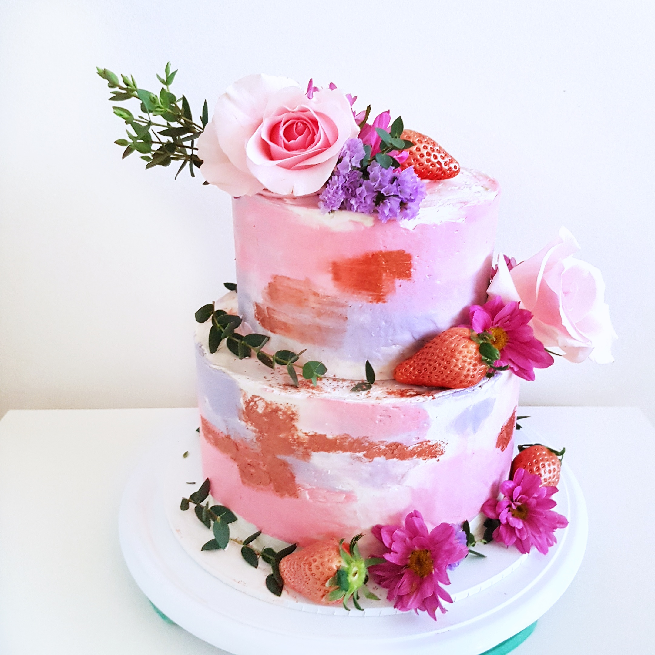 PInk and rose gold floral cake by The Baking Experiment