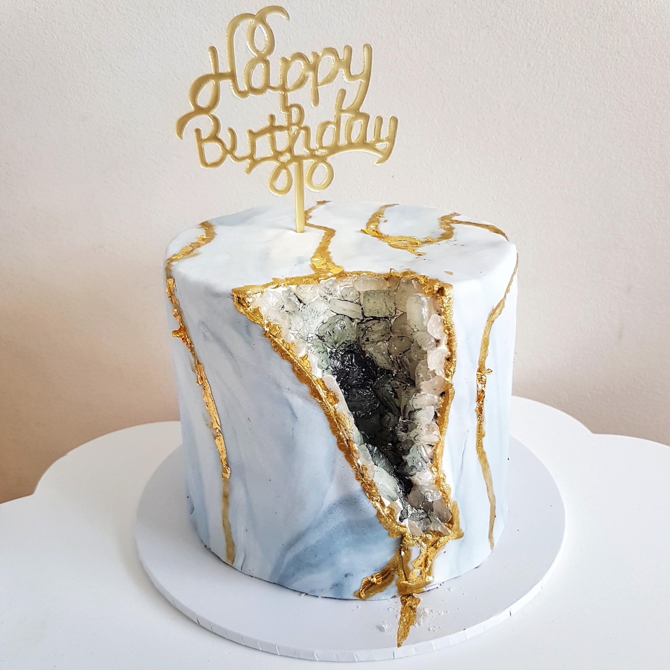 Marble Geode Cake by The Baking Experiment