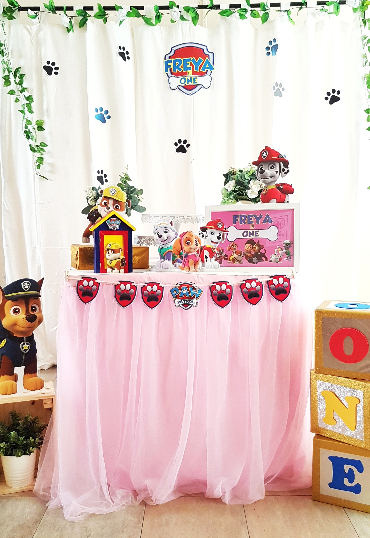 Paw Patrol Dessert Table by The Baking Experiment