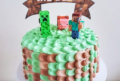 Minecraft Cake by The Baking Experiment