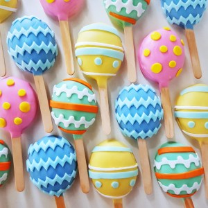 Easter Egg Cake Pops by The Baking Experiment