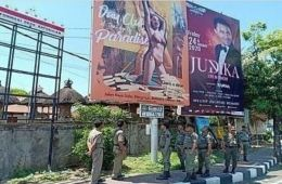 A Large Billboard on Jalan Raya Batubulan Removed For Picturing Girl In Bikini