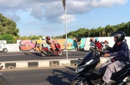 The Ngurah Rai Bypass underpass in Tuban, Kuta came into the local authorities spotlight on Monday afternoon when unknown persons painted the walls with various graffiti drawings