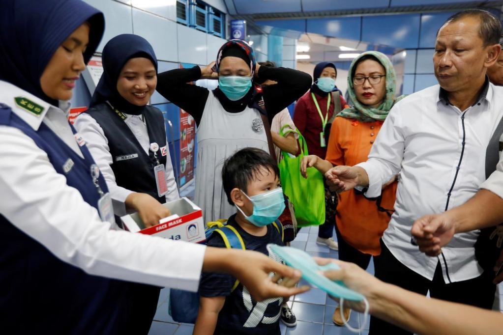 coronavirus mask indonesia