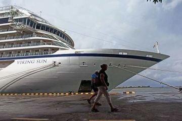 First of 4 Cruise Ships Docks In Bali Dropping Off Cruise Workers