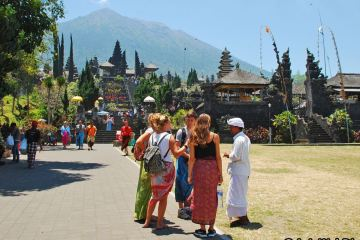 Bali Is Not Going To Reopen For Tourists In Near Future Governor