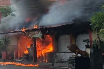 JFC Restaurant Destroyed By Fire In Canggu