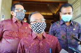 Bali Governor Says He Will Not Be Pressured Into Reopening Tourism (2)