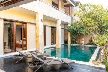 Hotel pool beside room