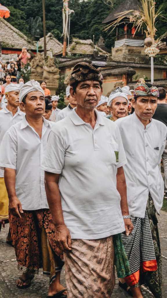 local bali men