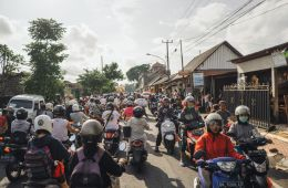 Two 16 Year Old Foreigners Sent To Hospital After Motorbike Accident in Bali