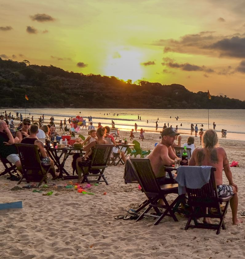 bali beach restaurant at sunset