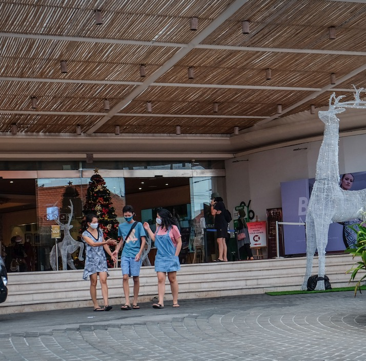 tourists in Semiyak Bali