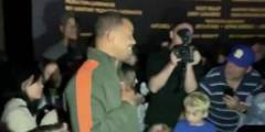 Watch What Happens When Moviegoers Found Out Will Smith Sneaked Into Theater To See 'Aladdin' With Them! (Video)