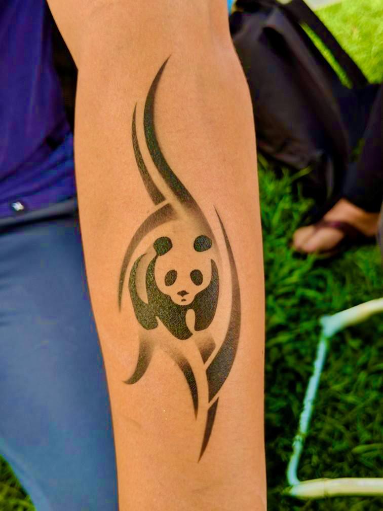 Airbrush Panda by The BalloonGuyLA.com