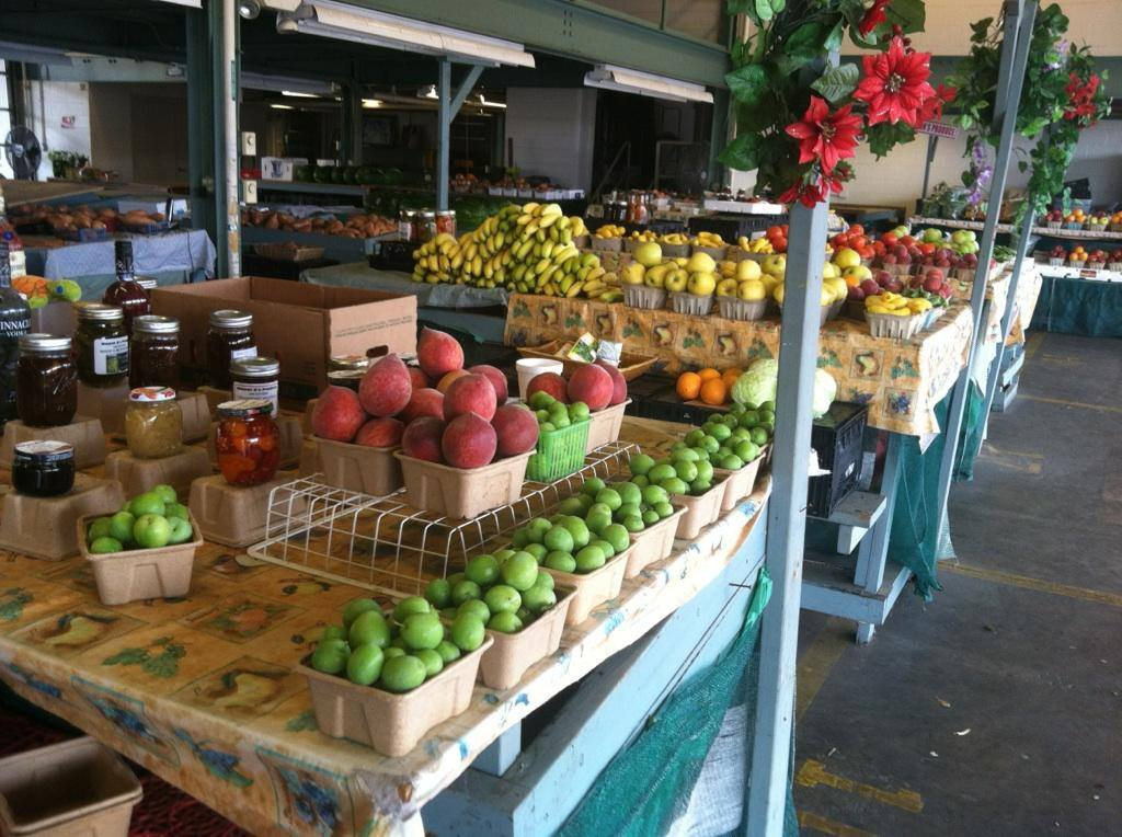 Farview Farmers Market 2 Eat South, Fairview Farmers Market, Farmers Market, Farms, Gardening, Montgomery, Sweet Creek Farms Market
